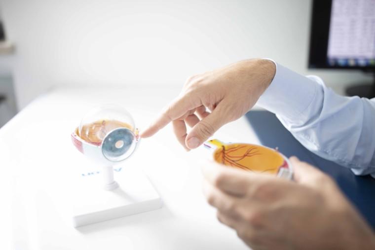 Augenarztzentrum Erding Augenarzt Praxis Augen Laserbehandlung Operation - Refraktive Kataraktoperation